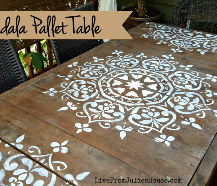 Mandala Stencil Pallet Table