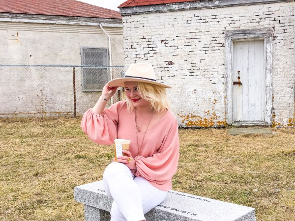 What DO I Wear: A Touch of Spring Amidst Quarantine