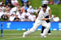 New Zealand's captain Kane Williamson bats during day two of the 1st International cricket Test match between New Zealand and South Africa at the University Oval in Dunedin on March 9, 2017. / AFP PHOTO / Marty MELVILLE