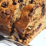 Banana Choco Chip whole wheat cake slices