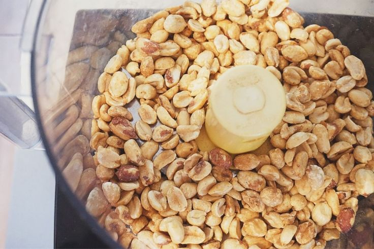Peanuts in Food Processor