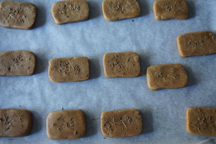 sliced biscuits on baking tray