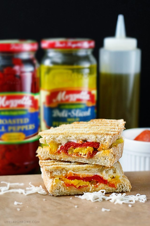 Pizza and Paninis meet face to face! This Pizza Panini recipe is packed with flavor. Recipe at livelaughrowe.com