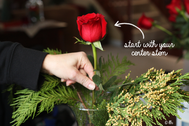 start your arrangement with you center stem