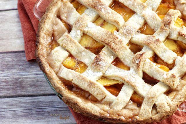 Perfect Peach Pie from DietersDownFall