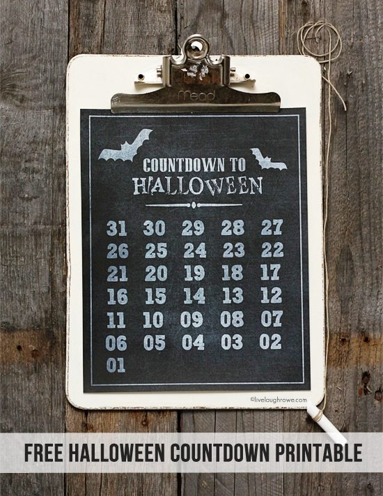 Festive Countdown to Halloween Printable! Use chalk to mark off the days -- toss and print another next year! Print or save a copy at www.livelaughrowe.com. #halloween #printable