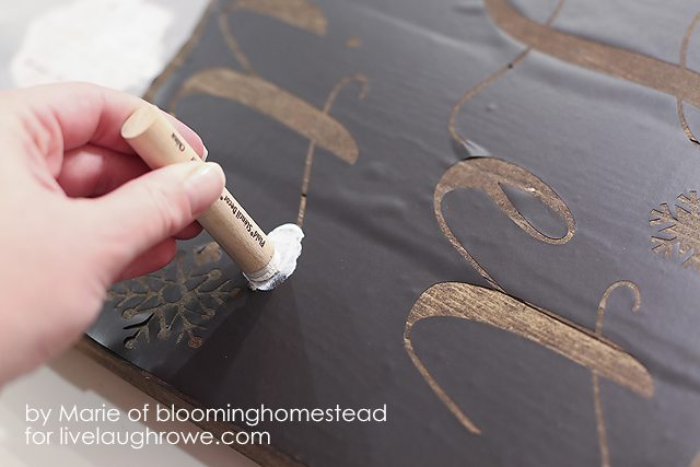 Super fun DIY Woodland Sign tutorial by Blooming Homestead for livelaughrowe.com #diy