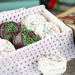 Festive Chocolate Peanut Butter Sandwich Cookies. A delicious treat you'll love to give! livelaughrowe.com