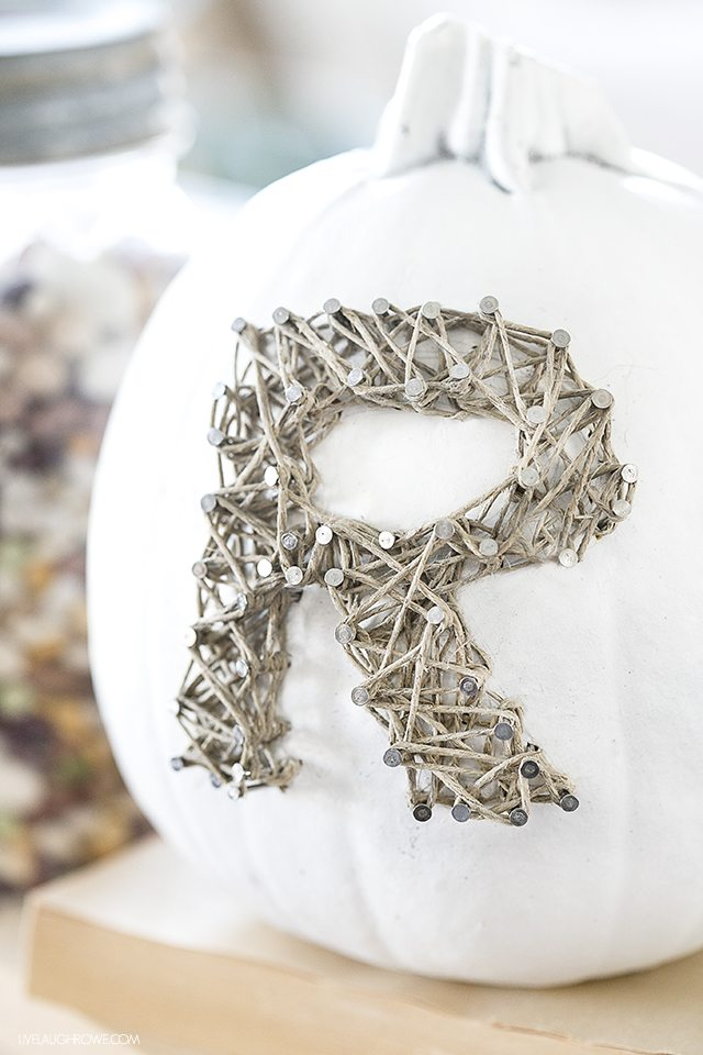 A rustic twist on pumpkin string art. This DIY String Art is done using hemp twine, keeping it simple and neutral. livelaughrowe.com