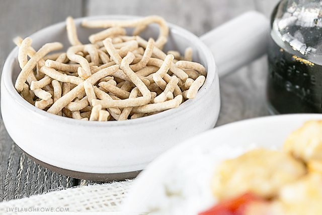 I love adding a little extra crunch to my Chinese food with chow mein noodles. livelaughrowe.com