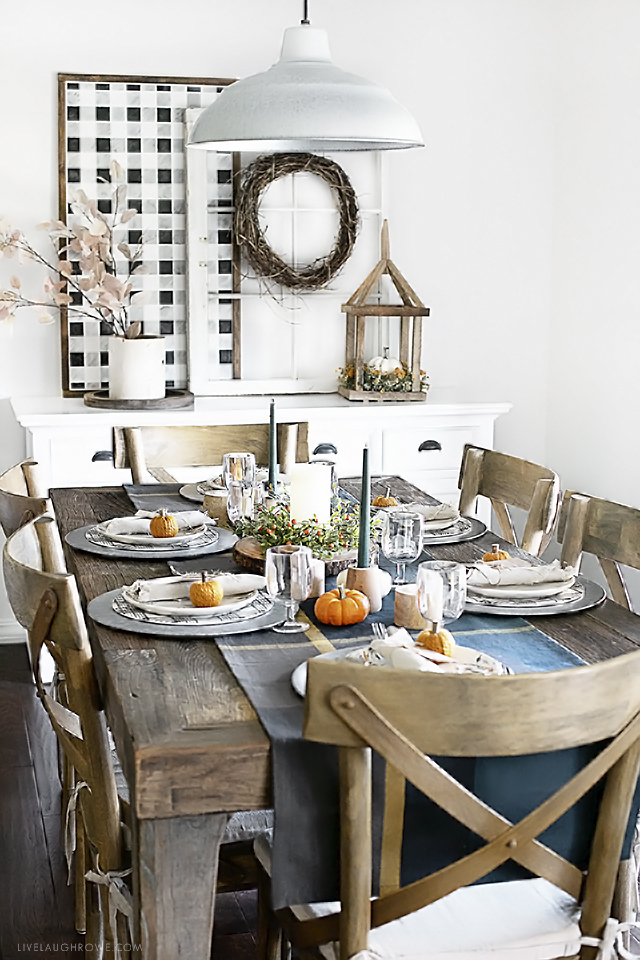 Harvest Tablescape in Dining Room