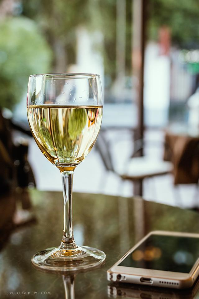 Missouri Wineries. Glass of White Wine