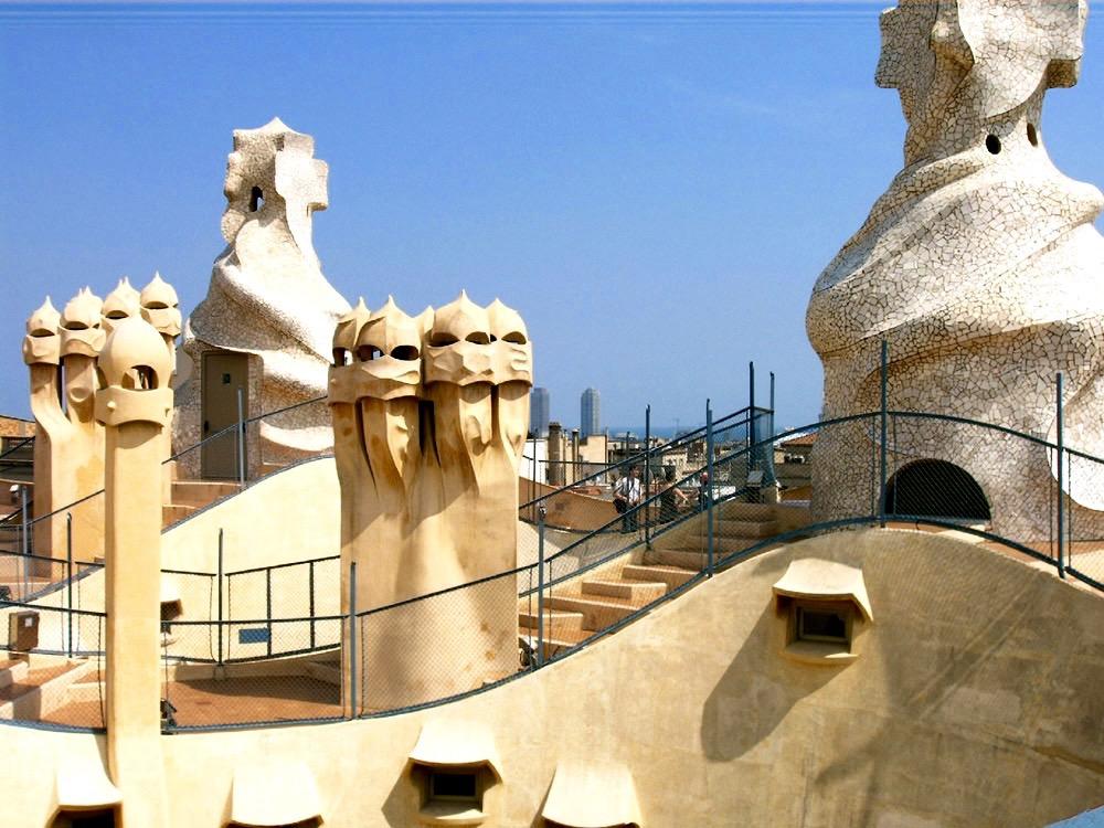 La Pedrera Or Casa Mil 224 Live Life Barcelona Tours