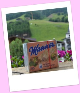 Manner wafer biscuits