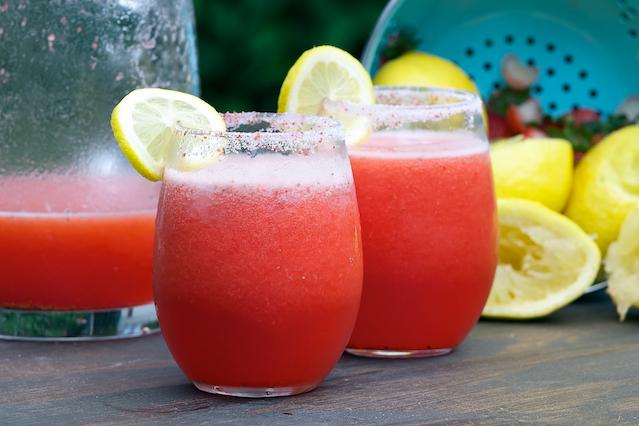 Strawberry Lemonade Vodka Livelovepasta