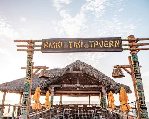 Rikki Tiki Tavern at the end of the Westgate Cocoa Beach Pier offers great food, drinks, and ocean views as it sits over the water. Get a full review of the pier and the Cocoa Beach restaurants located there.