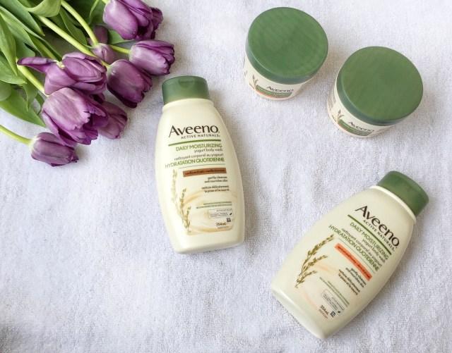 AVEENO® Daily Moisturizing Body Yogurts & Washes in Vanilla & Oats, Apricot & Honey #AveenoCA #sponsored