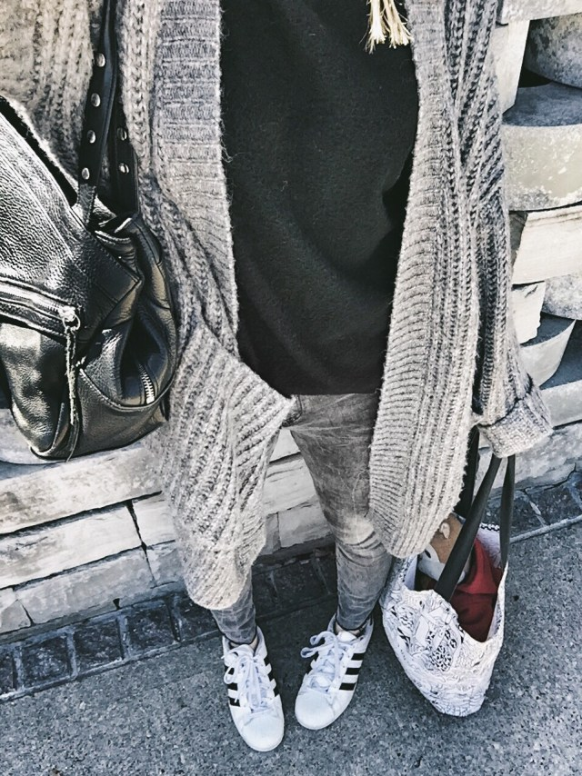 Oversized Cardigan, black sweater, grey jeans, and Adidas