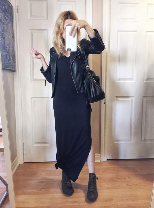 Maxi dress | Coverse Rainboots | Leather jacket |
