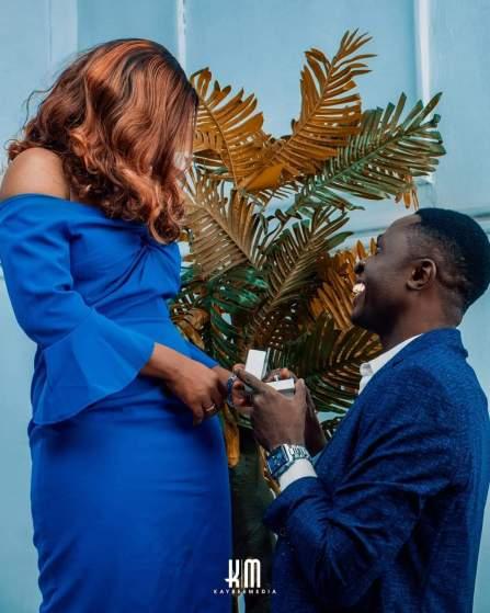 Award Winning Gospel Artist Kenechukwu Nwofor A.K.A kayceelyrikz Engages Lovely Girlfriend