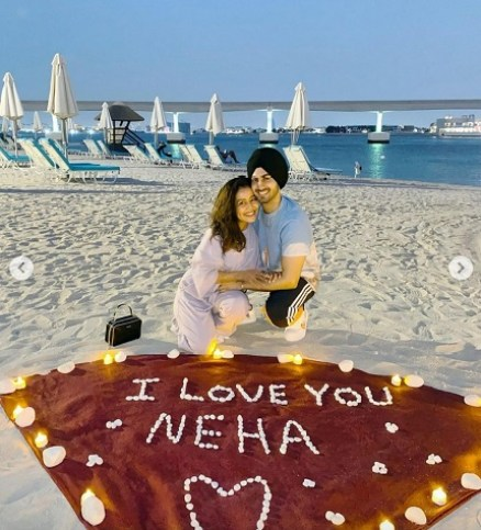 Bollywood singer Neha Kakkar celebrates Honeymoon in Dubai