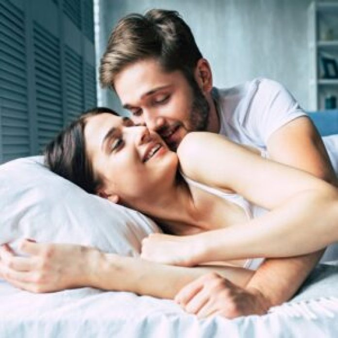 These Hot Foreplay Tips Drive Men Insane (In A Good Way)