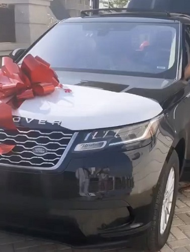 D'banj Buys A Range Rover For His Wife, Lineo For Valentine(See Video)