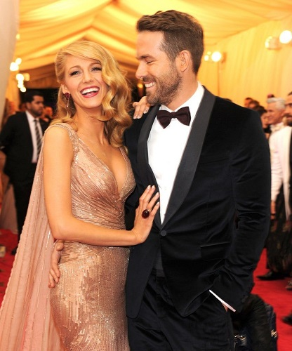 Ryan Reynolds Is Once Again Moonlighting As Blake Lively's At-Home Colorist
