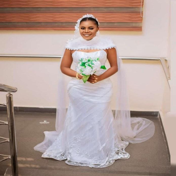 Nigerian Bride Appreciates BBNaija Star, Alex Unusual For Inspiring Her Wedding Dress