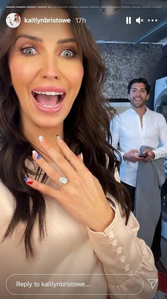 Kaitlyn Bristowe Flashes Her Enormous New Engagement Ring, While Joking About Her Proposal-Ready Mani