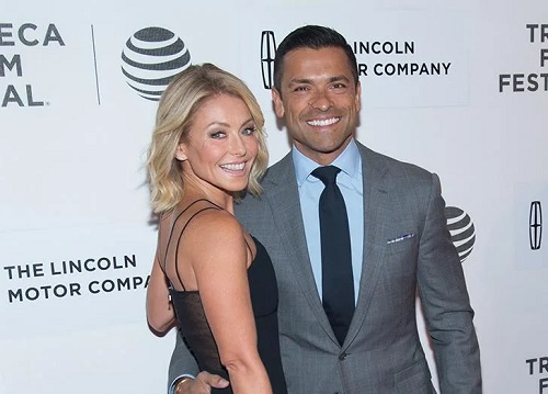 Kelly Ripa & Mark Consuelos Are Opening Up About a 'Defining Moment' in Their Relationship