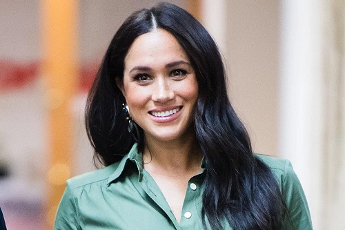 Meghan Markle Discusses 'Everyday Struggles' with Girls Making a Difference in Their Communities