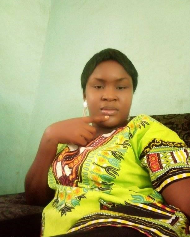 """""""He said I am too fat"""" - Nigerian lady claims her boyfriend broke up with her because of her weight"""