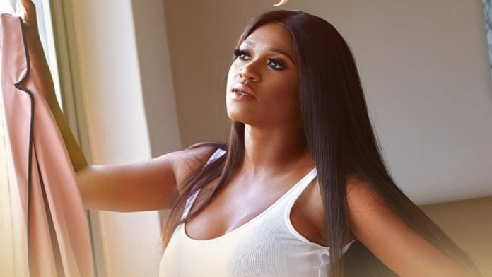 """""""I Can't Remember What It Feels Like To Love And Be Loved"""" – Singer, Waje"""