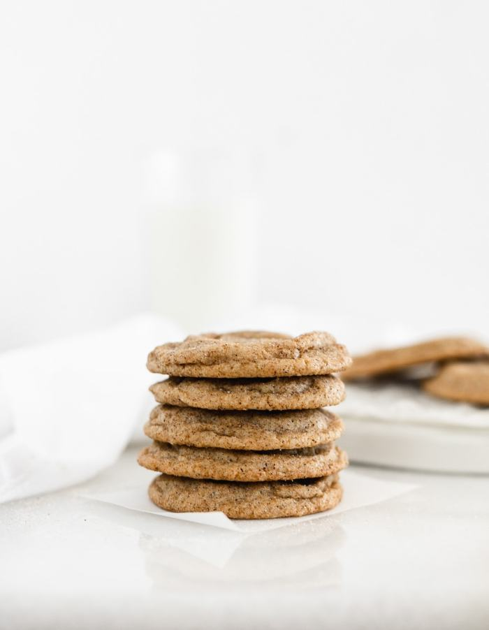 Chai Spiced Snickerdoodles have soft and buttery insides and sweet and spicy, slightly crunchy outsides. The perfect cookies for pairing with a cup of tea. (vegetarian, dairy-free option) via livelytable.com