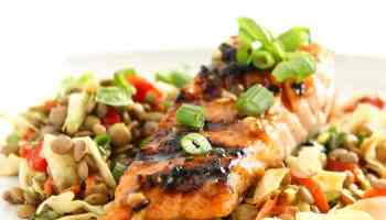 Healthy Chicken Pad Thai - Lively Table