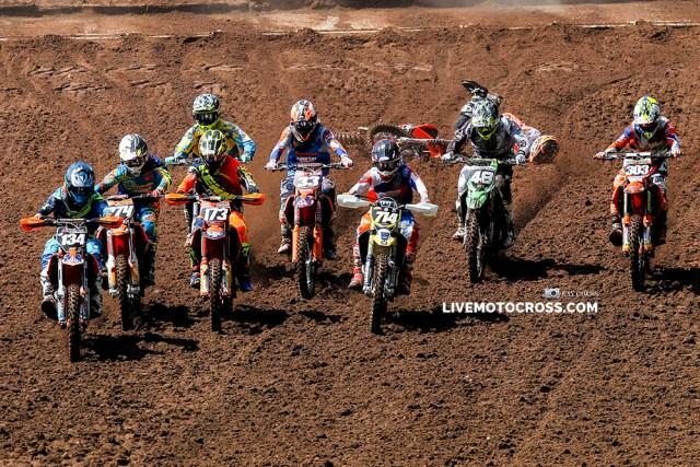 Hitting the Dirt FT7E1555