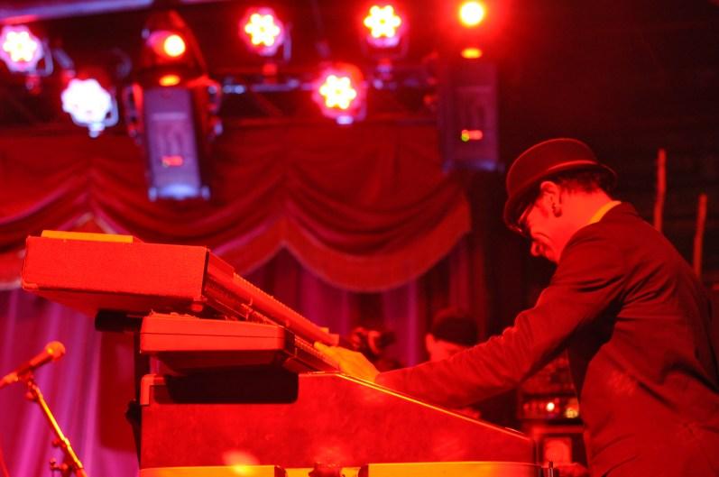 Bowlive, 3.11.11 2011-03-11 002