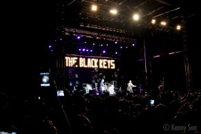 52-BlackKeys