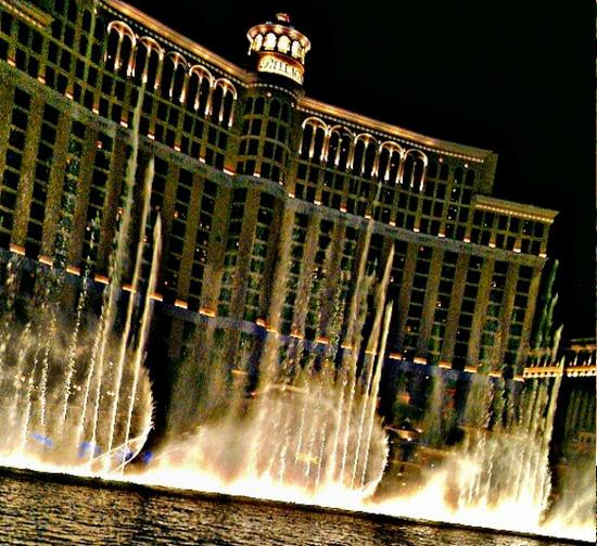 bellagio fountain scene