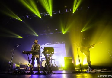 03-Cut Copy_Fox Theater_Oakland, CA-3