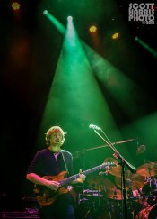 Scott_Harris_Phish_2013.10.31_1024px_06