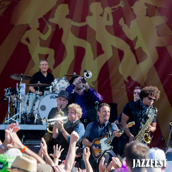 © Douglas Mason / New Orleans Jazz & Heritage Festival on Facebook