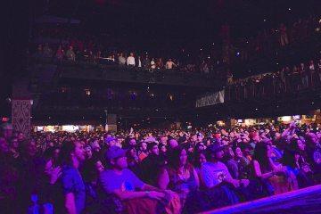 crowd2
