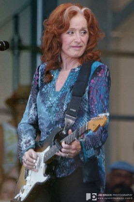 bonnie raitt 20190428-JB-GS-new orleans jazz and heritage festival weekend one day four sunday live music blog-013