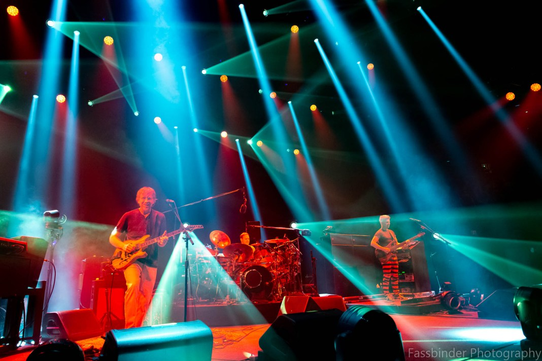 phish in st louis night one tour kickoff live music blog fassbinder photography 2019