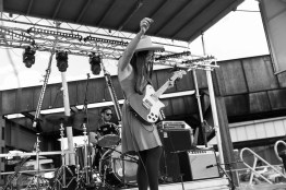 Angela Perley & The Howlin Moons @ Undercurrent Music Festival-17