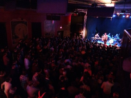 Full house for The Mountain Goats at Headliners
