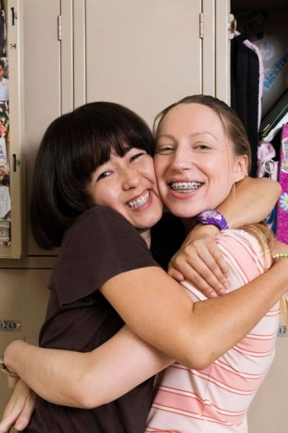 Maya and Anna from Pen15