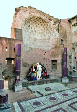 Michelangelo-Pistoletto-Prefigurazione-della-Venere-degli-Stracci-nel-tempio-di-Venere-Roma-2013-709x1024